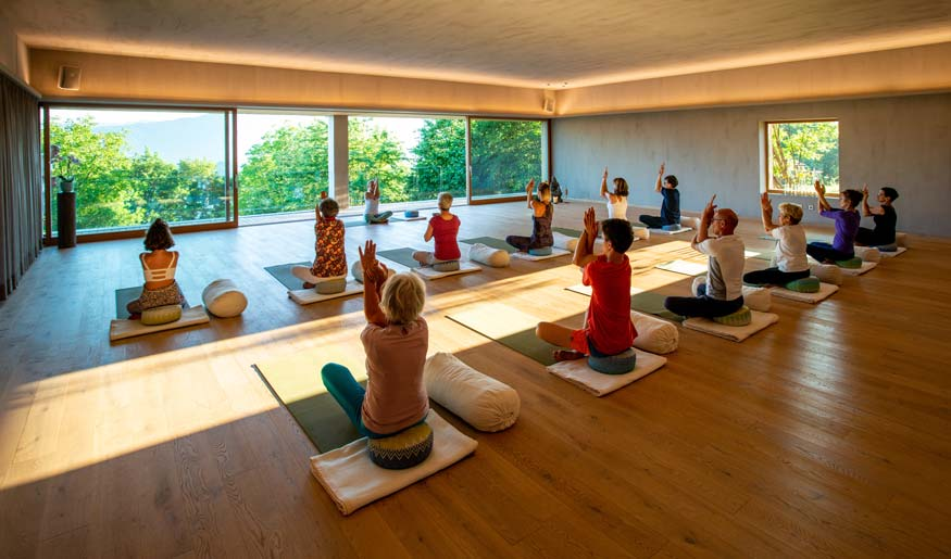 soami_retreat_resort_yoga.jpg